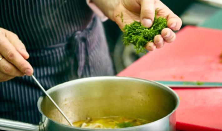 Супы из шампиньонов с лапшой: рецепты первых блюд