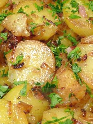 Как можно вкусно запечь картошку с грибами