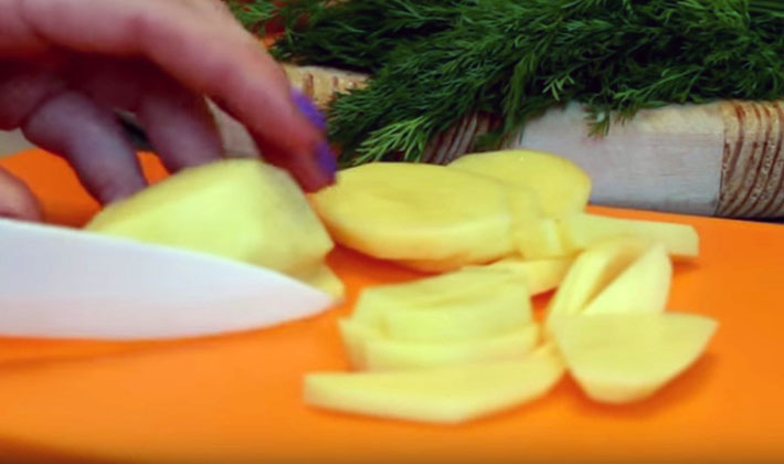 Картофель, жареный с грибами на сковороде: рецепты приготовления