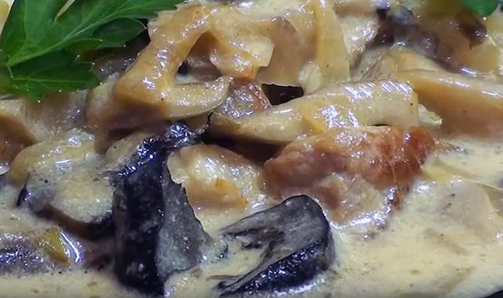Свинина с шампиньонами: рецепты вкусных блюд