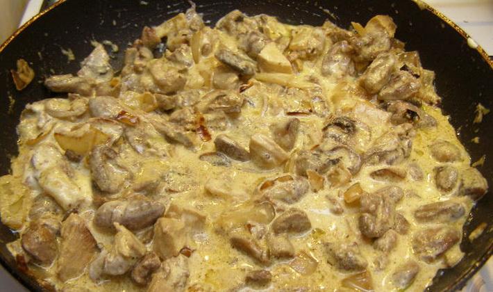 Как приготовить куриные сердечки с шампиньонами