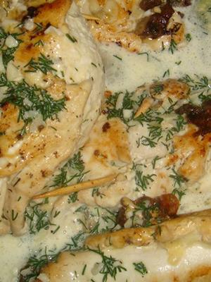 Блюдо из шампиньонов с курицей и сыром