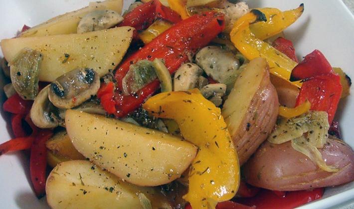 Шампиньоны с мясом и картошкой: домашние рецепты