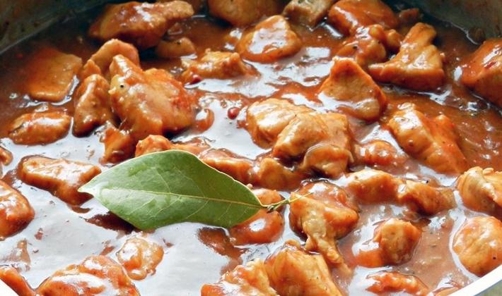 Курица с шампиньонами в сметане: рецепты приготовления
